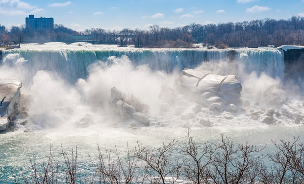 Embassy Suites by Hilton Niagara Falls - Niagara Falls, ON: Stay with Couples' or Family Package at Embassy Suites by Hilton Niagara Falls in Ontario. Dates into February.