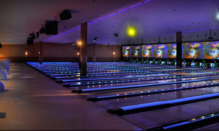 300 Long Island - Melville: $25 for $50 Worth of Upscale Bowling and Shoe Rentals at 300 Long Island in Melville