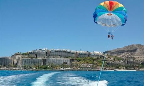 Vuelo en paracaídas sobre el mar para dos personas en la costa de Mogán por 39,90 €