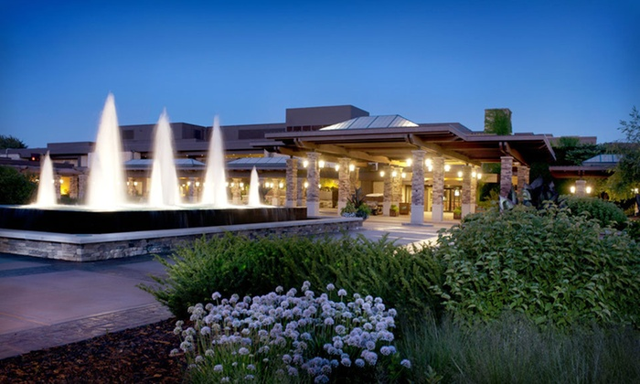 Grand Geneva Resort & Spa - Lake Geneva, WI: One-Night Stay for Up to Four with Two Lift Tickets or Two Rounds of Golf at Grand Geneva Resort & Spa in Wisconsin