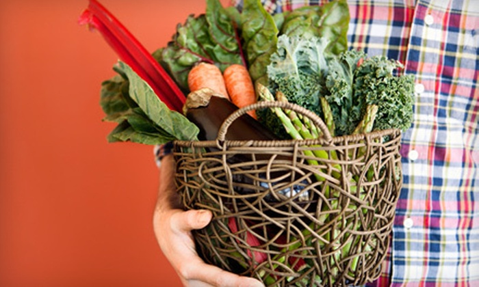 Fresh Connect KC - Washington: $50 for One Extra-Large Box of Local Produce from Fresh Connect KC ($100 Value)