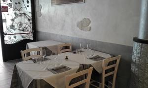 Al Borgo:  Menu pizza con dolce e birra per 2 o 4 persone da Al Borgo (sconto fino a 61%)