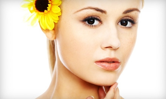 Chazon Grand Salon and Day Spa - Columbus: $35 for a 60-Minute Custom Facial at Chazon Grand Salon and Day Spa