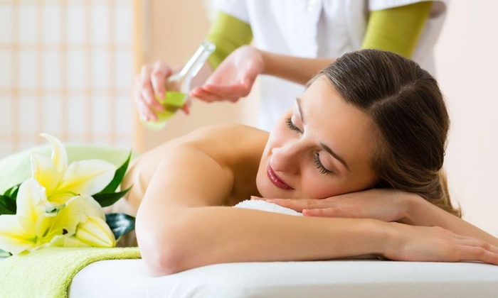 Ashley Houchin, CMT - Downtown: A 90-Minute Therapeutic Massage from Ashley Houchin, CMT