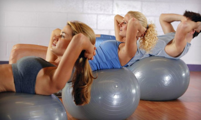 Gold's Gym - Multiple Locations: 5, 15, or 25 Fitness Classes at Gold's Gym