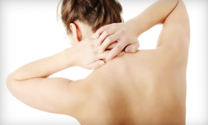 Flores Chiropractic - Portland: $49 for Chiropractic Exam, X-Rays, and Treatment at Flores Chiropractic (Up to $250 Value)