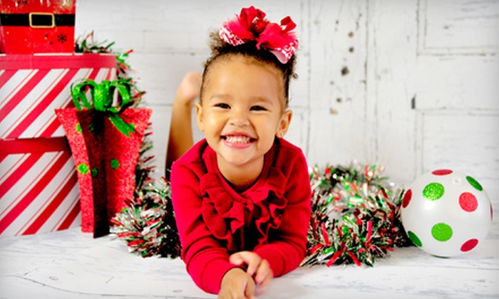 Flashbox Shop - Cypress: $69 for a Holiday Photo-Card Package with CD of Retouched Images from Flashbox Shop ($275 Value)