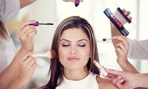 studio charisma: Make-up-Kurs inkl. Frisurberatung und Präsent für 1 oder 2 Personen im Studio Charisma (bis zu 88% sparen*)