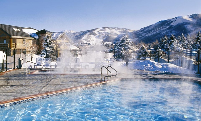 null - Ogden: Stay with Wine, Dining Credit, and Spa Credit at Park City Peaks Hotel in Utah