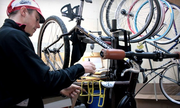 Cránk - Buckman: $29 for a Two-Day Bike-Repair Course at Cránk ($60 Value)