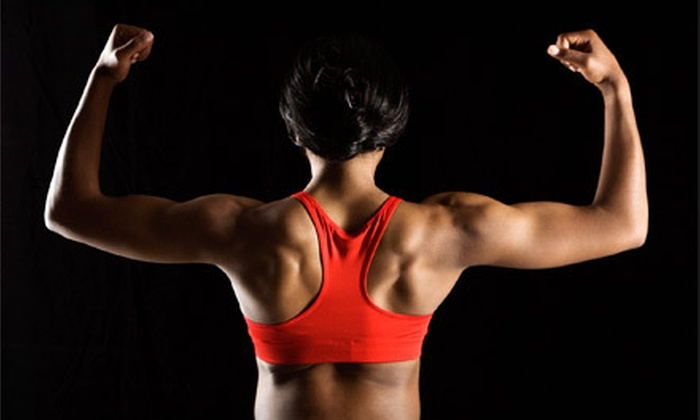 X-Treme Nutrition - Elkhorn: $29 for a One-Month Small-Group Training Package with 12 Training Sessions at X-Treme Nutrition ($150 Value)