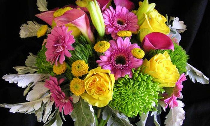 Grafe Studio - St. Elmo: $15 for a Floral-Design Class at Grafe Studio ($35 Value)