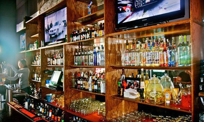 Baddeley's Pourhouse - Belmont Heights: $25 Worth of Sports-Bar Fare