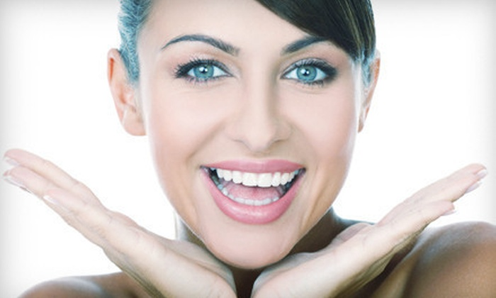 Miami Center for Cosmetic and Implant Dentistry - Kendale Lakes: $29 for a Dental Exam with X-rays and Cleaning at Miami Center for Cosmetic and Implant Dentistry ($403 Value)