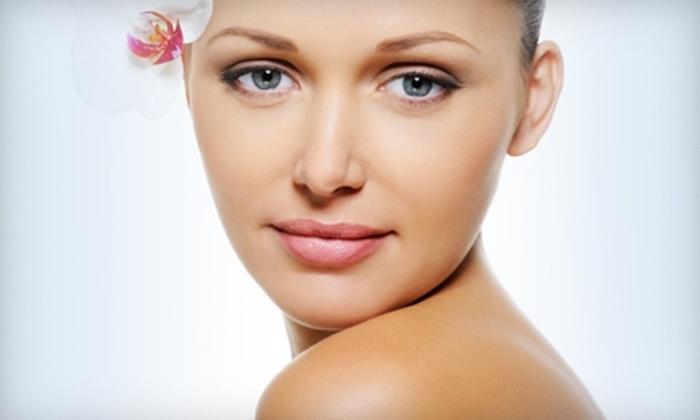 Hello Gorgeous Salon - Las Vegas: $45 for a Vitamin-C Facial or an Ageless Facial at Hello Gorgeous Salon ($100 Value)