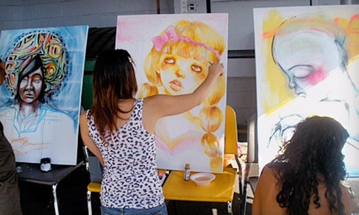 Diverse Art Center - Ala Moana - Kakaako: $25 for One Month of Urban Art Classes ($55 Value) or $20 for One Month of Keiki Art Classes ($40 Value) at Diverse Art Center