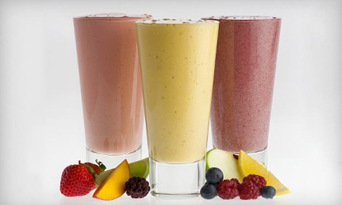 The Drink Station - Alvin-Pearland: Healthy Drinks and Café Fare at The Drink Station in Pearland (Half Off). Two Options Available.