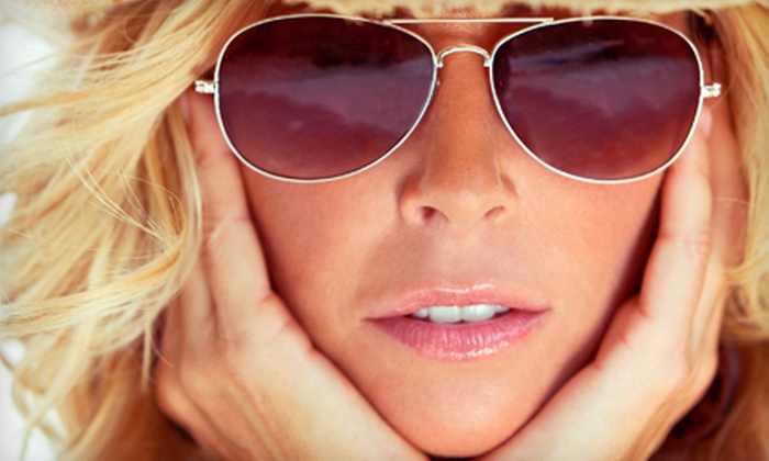 iBeach Tan - West,North Overton: One or Three Custom Airbrush-Tanning Sessions at iBeach Tan (Up to 62% Off)