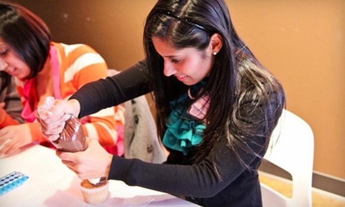 Sparkle Cupcake Company - Lennox Village: Cupcakes or Decorating Class at Sparkle Cupcake Company in Nashville