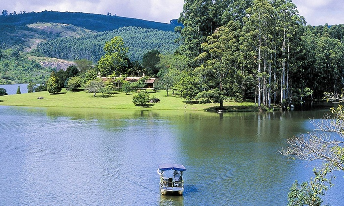 Hulala Lakeside Lodge - Hulala Lakeside Lodge: Mpumalanga: Stay for Two, Including Meals and a Cruise at Hulala Lakeside Lodge