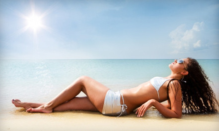 Glo Sun Spa - Glo Sun Spa Baton Rouge: $29 for Spa Package with Two Hydration Station Sessions, Two Spray Tans, and Two Body Wraps at Glo Sun Spa ($300 Value)