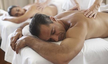 Masaje relajante en pareja o a 4 manos con infusión o cava y bombones por 24,95 € en Centro Médico y Alternativo Somos Oferta en Groupon