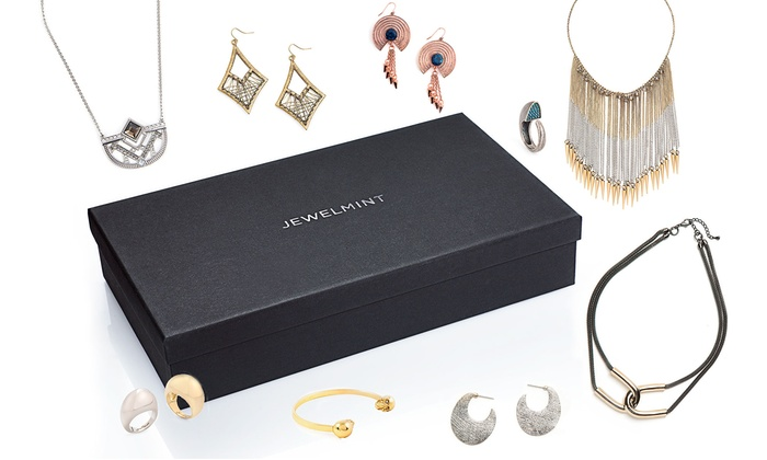 JewelMint: $59 for One 4-Piece Surprise Summer Box from JewelMint ($180 Value). Shipping Included.