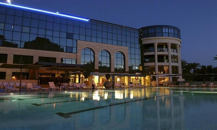 אופיר טורס: סוף שבוע באילת: 2 לילות במלון סנטרל פארק על בסיס לינה וארוחת בוקר,רק ב-569 ₪ לזוג!