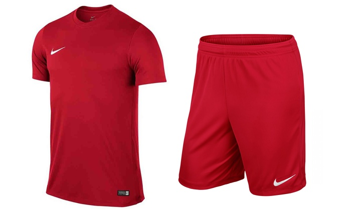 order best sell entire collection Ensemble Nike t-shirt et short | Groupon Shopping