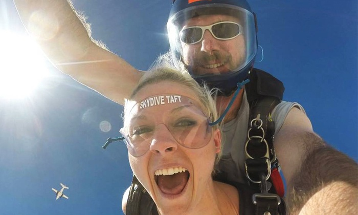 Skydive Taft - Taft: $199 for a Tandem Skydive Jump with Souvenir T-Shirt, Photos, and Video from Skydive Taft ($300 Value)