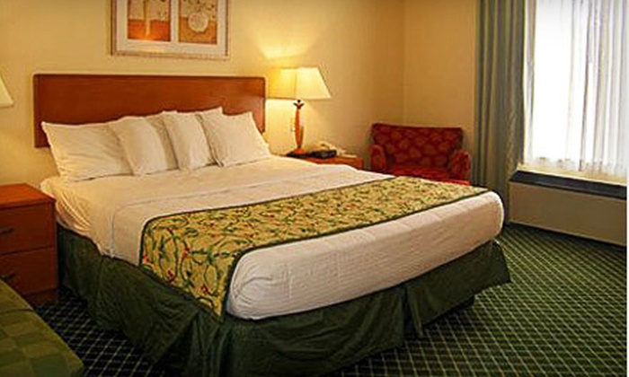 Quality Inn - Williams: Two- or Three-Night Stay with Breakfast at Quality Inn (Up to 58% Off)