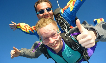 $159 for a Tandem Skydiving Experience from Long Island Skydiving Center ($269 Value)
