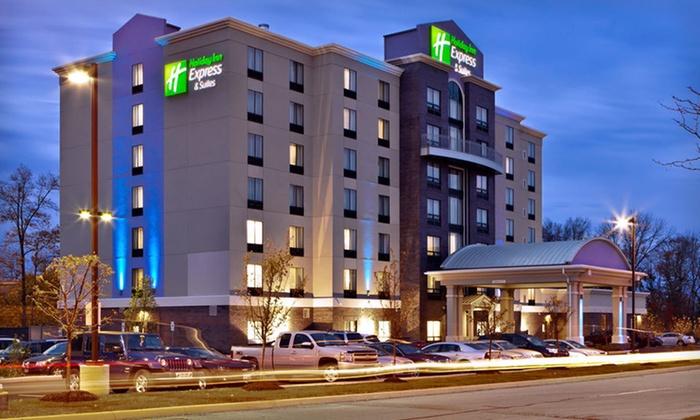 Holiday Inn Express Hotel & Suites Columbus - Polaris Parkway - Polaris: One-Night Stay at Holiday Inn Express Hotel & Suites Columbus - Polaris Parkway in Columbus, OH