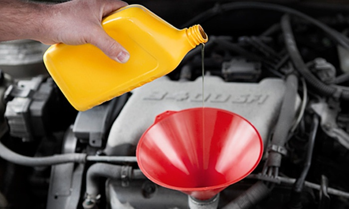 Woodbine Nissan - The Elms: Nitrogen Tire Fill or Oil and Filter Change with Inspection at Woodbine Nissan in Etobicoke (Up to 62% Off)