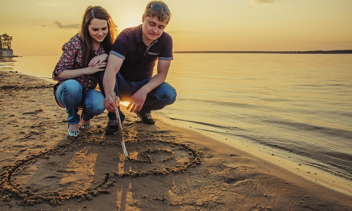 Sandy James Photography - San Diego: 60-Minute Engagement Photo Shoot with Wardrobe Changes and Digital Images from Sandy James Photography (80% Off)