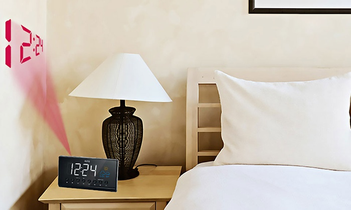 Groupon Goods Global GmbH: 1 ou 2 radios-réveil avec projection LED et indication météo AEG MRC 4141 P