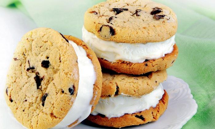 Ziggy's Frozen Yogurt - Highland: $7.50 for Three Fro-Yo Cookie Sandwiches at Ziggy's Frozen Yogurt ($12 Value)