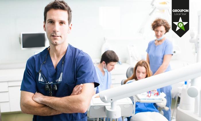 Visita odontoiatrica con pulizia dei denti, smacchiamento o sbiancamento LED e otturazione. Valido in 3 sedi