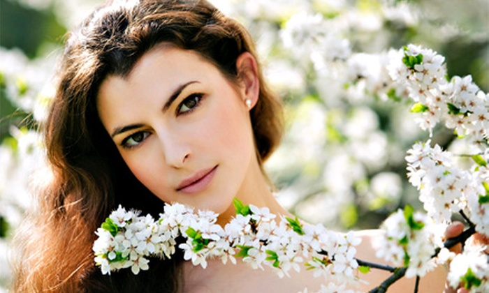 Evolution European Beauty Salon - Garfield: One or Two Signature, Hydrating, or Deep-Cleansing Facials at Evolution European Beauty Salon (Up to 69% Off)