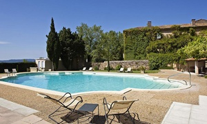 Provence : chambre Prestige avec petit-déjeuner et dîner en option Lourmarin