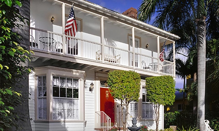 Sabal Palm House Bed and Breakfast - Lake Worth, FL: Stay with Spa Credit at Sabal Palm House Bed and Breakfast in Greater Palm Beach, FL; Dates into October
