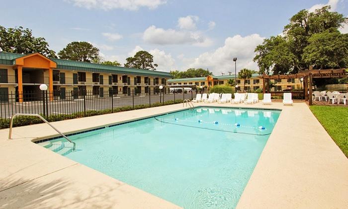 Best Western Central Inn - Savannah, GA: Stay at Best Western Central Inn in Savannah, GA; Dates into December