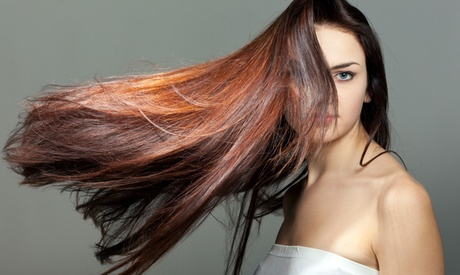 4 sesiones de peluquería con hidratación con opción a corte y tto. de queratina desde 19,95 € en Estética Insúa