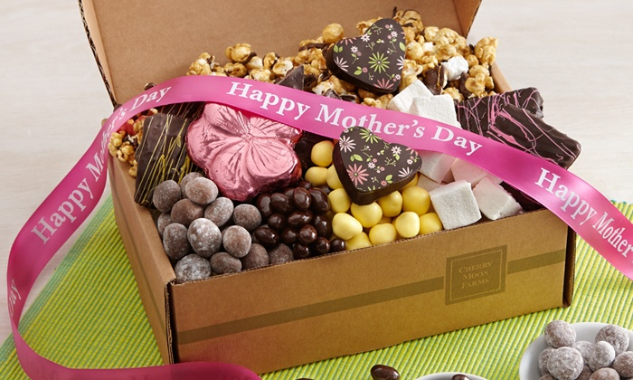 Cherry Moon Farms: $15 for $30 Worth of Candies, Cookies, Chocolates, and Gifts from Cherry Moon Farms
