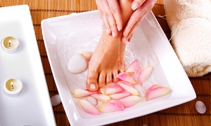 Light Beam: Een spa pedicure met gelish in optie vanaf € 24 bij Light Beam