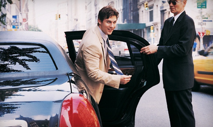 Skyhawk Limousine - Washington DC: $65 for One-Way Airport Service from Skyhawk Limousine ($130 Value)