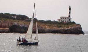 Escuela Náutica S'Algar: Curso presencial de 35 h para obtener el título de Patrón de Embarcaciones de Recreo por 99€ y con 8 prácticas por 179€
