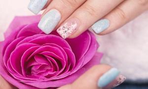 Alessandra Guzzetti: Ricostruzione unghie con allungamento e 2 refill (sconto fino a 73%)
