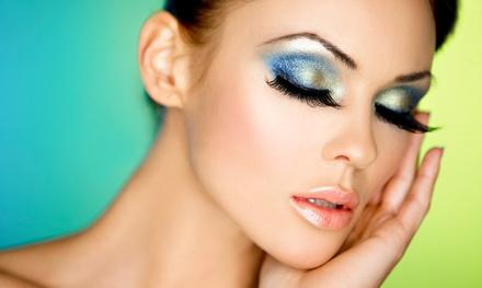 Full set of Volume 10D Eyelash Extensions or Set of Synthetic Mink Eyelash Extensions with Fill (57% Off)