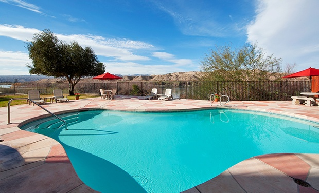 Lodge on the River - Bullhead City, AZ: Stay at Lodge on the River in Bullhead City, AZ, with Dates into September